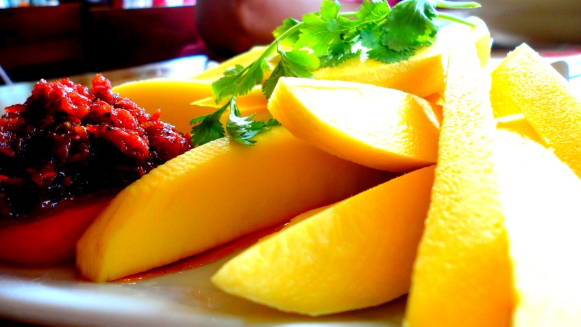 mango with bagoon, Kanin Club