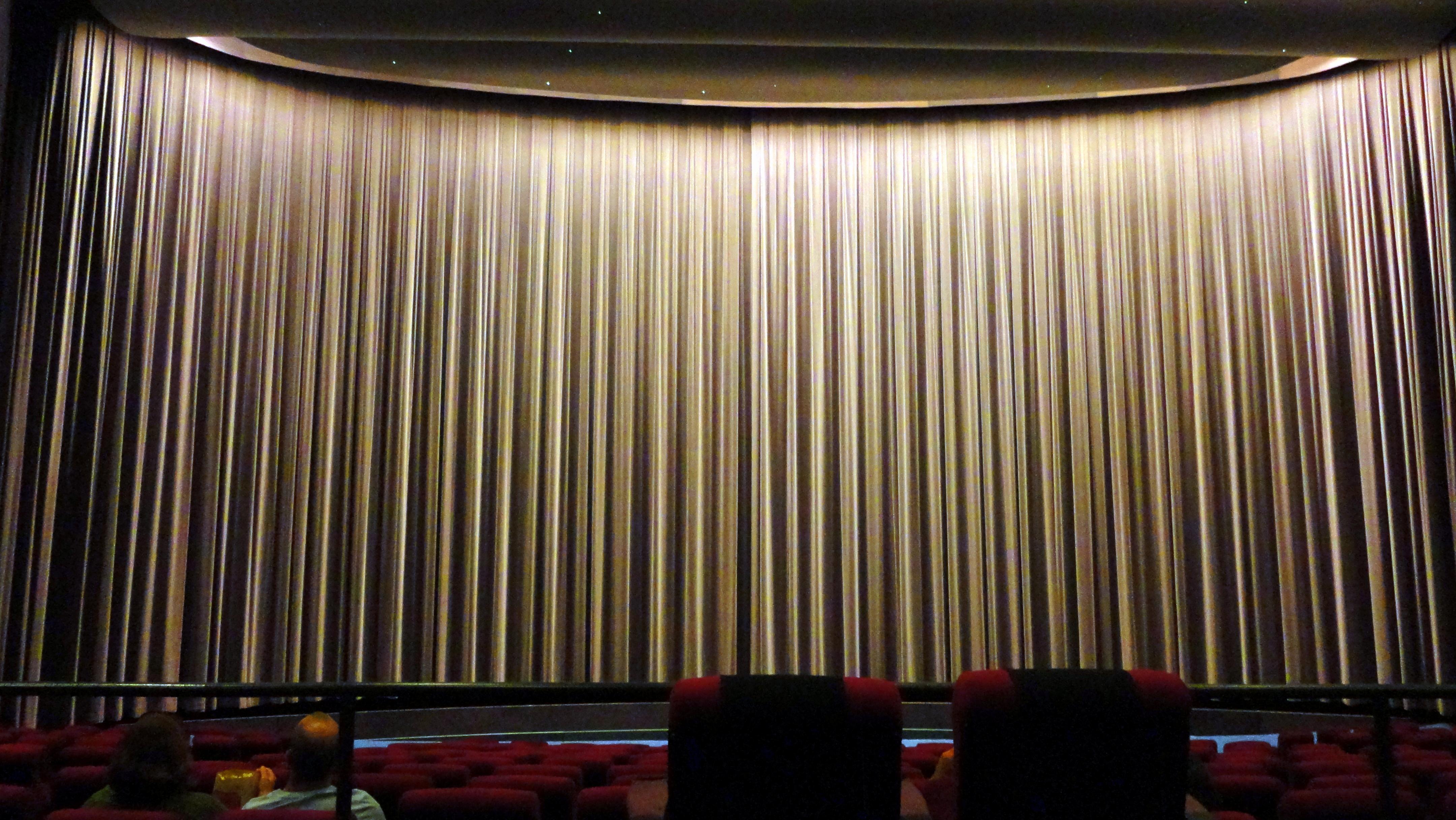 Cinerama Curtains Closed