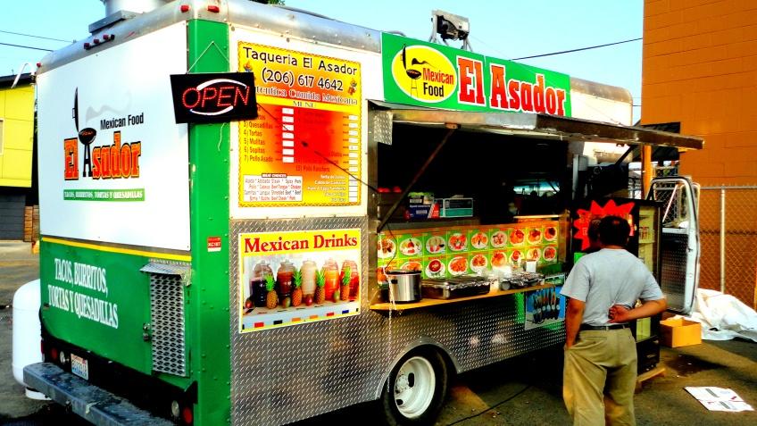 el asador, the new taco trailer in my neighborhood