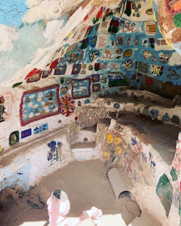Grotto, Salvation Mountain